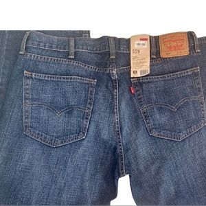 LEVIS 559- Mens 38x34 Relaxed Fit Straight Fit Jeans